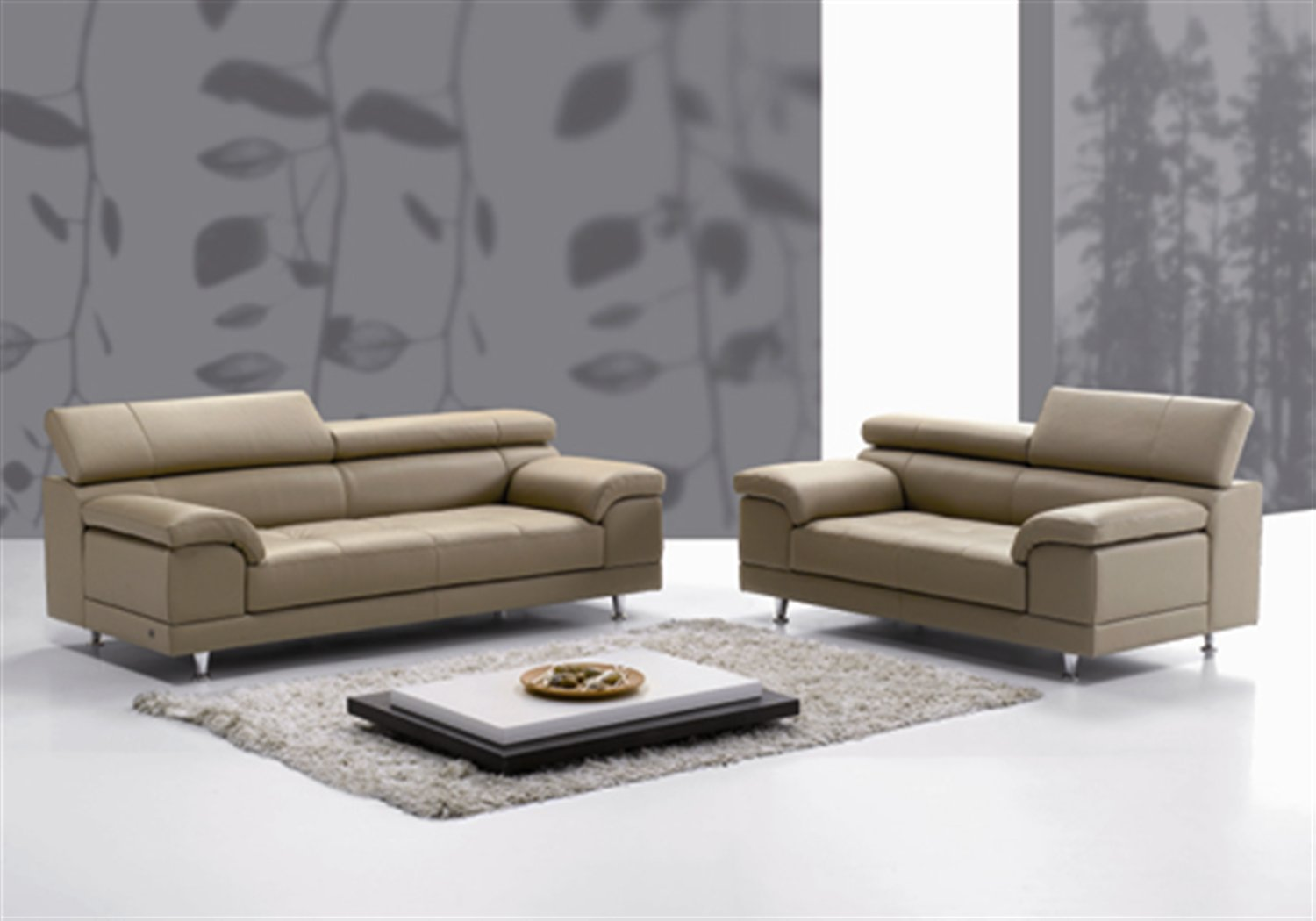 Italian leather sofa affordable and quality from piquattro for Leather furniture
